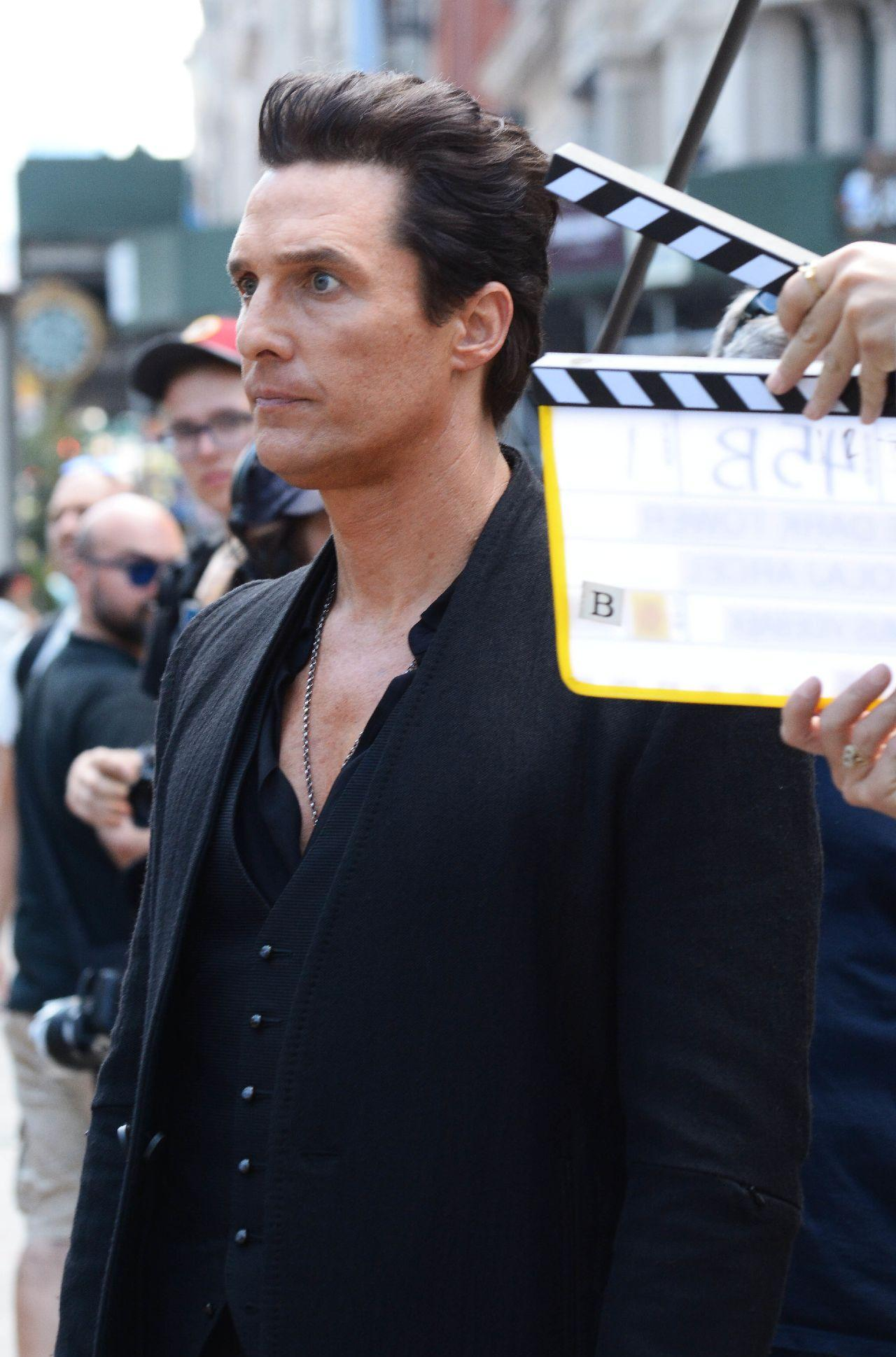 On the set of The Dark Tower in NYC Featuring: Matthew McConaughey Where: NYC, New York, United States When: 01 Jul 2016 Credit: Patricia Schlein/WENN.com